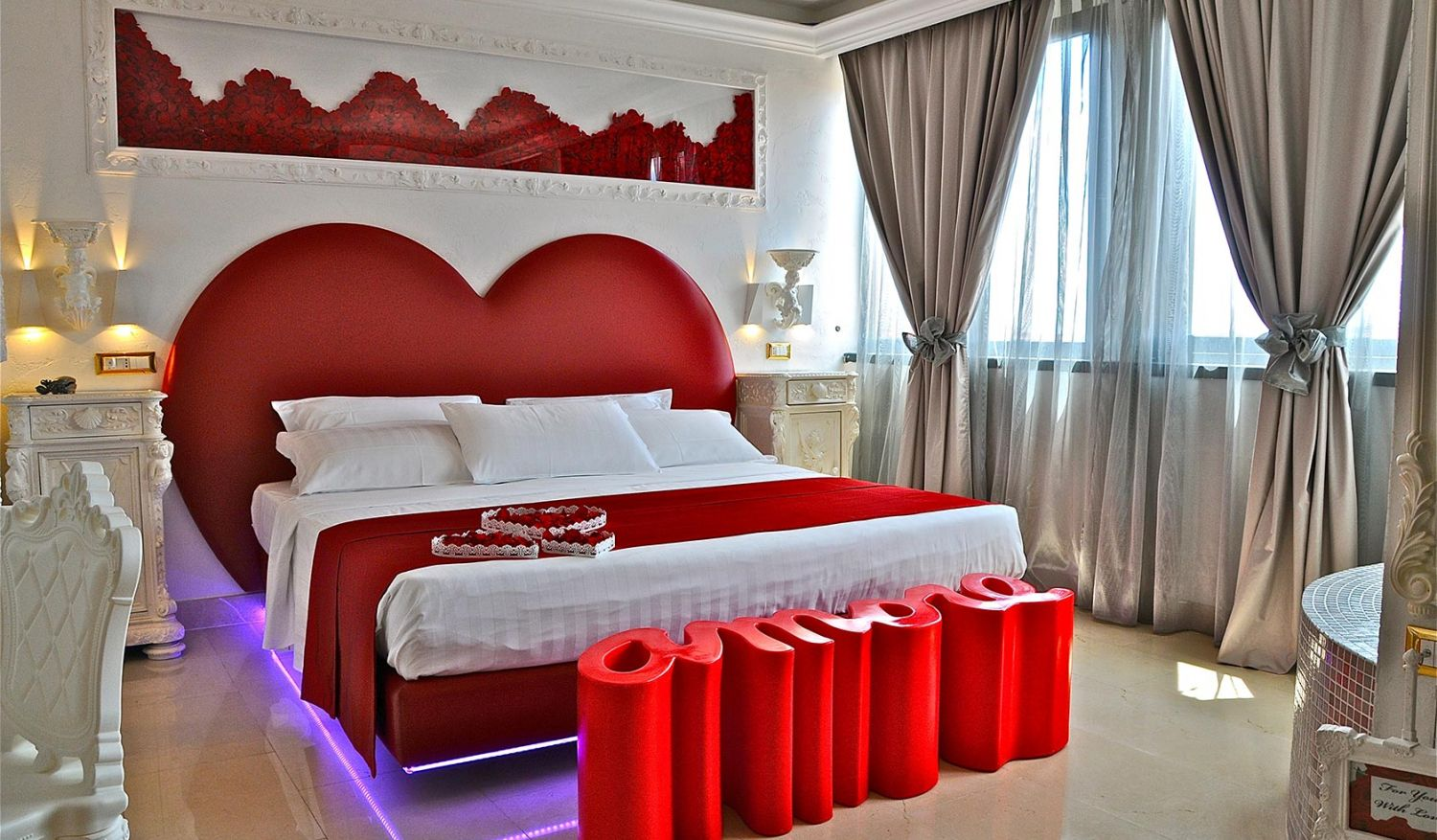 Ideal love room for a romantic holiday in Rome