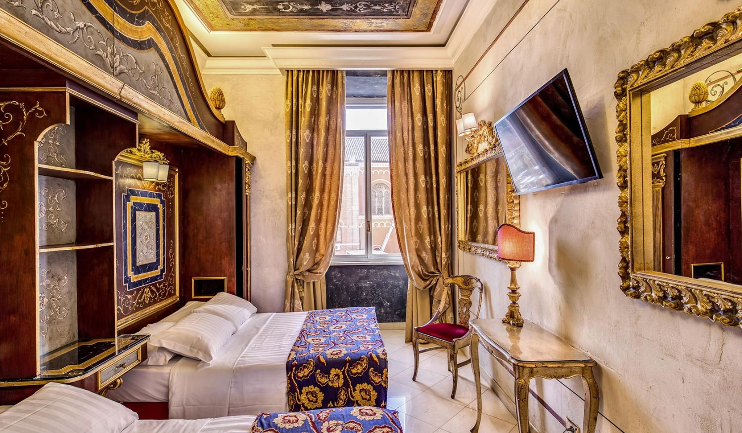 Rooms for holidays with friends in Rome