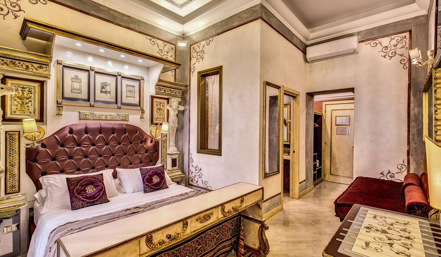 Hotel in the center of Rome has welcoming triple rooms