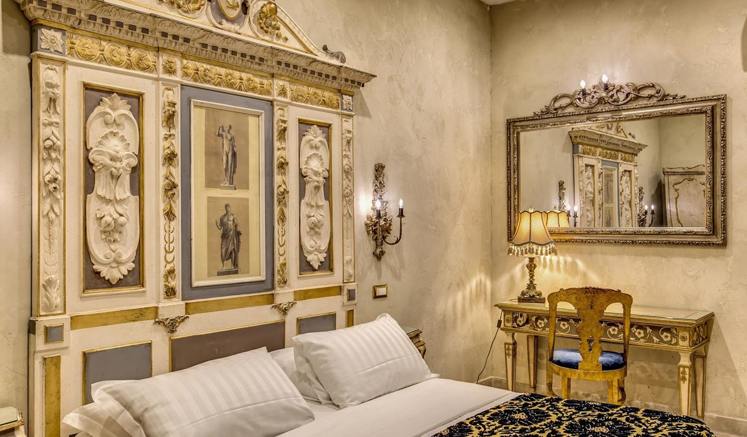 Cozy budget rooms to stay in the center of Rome