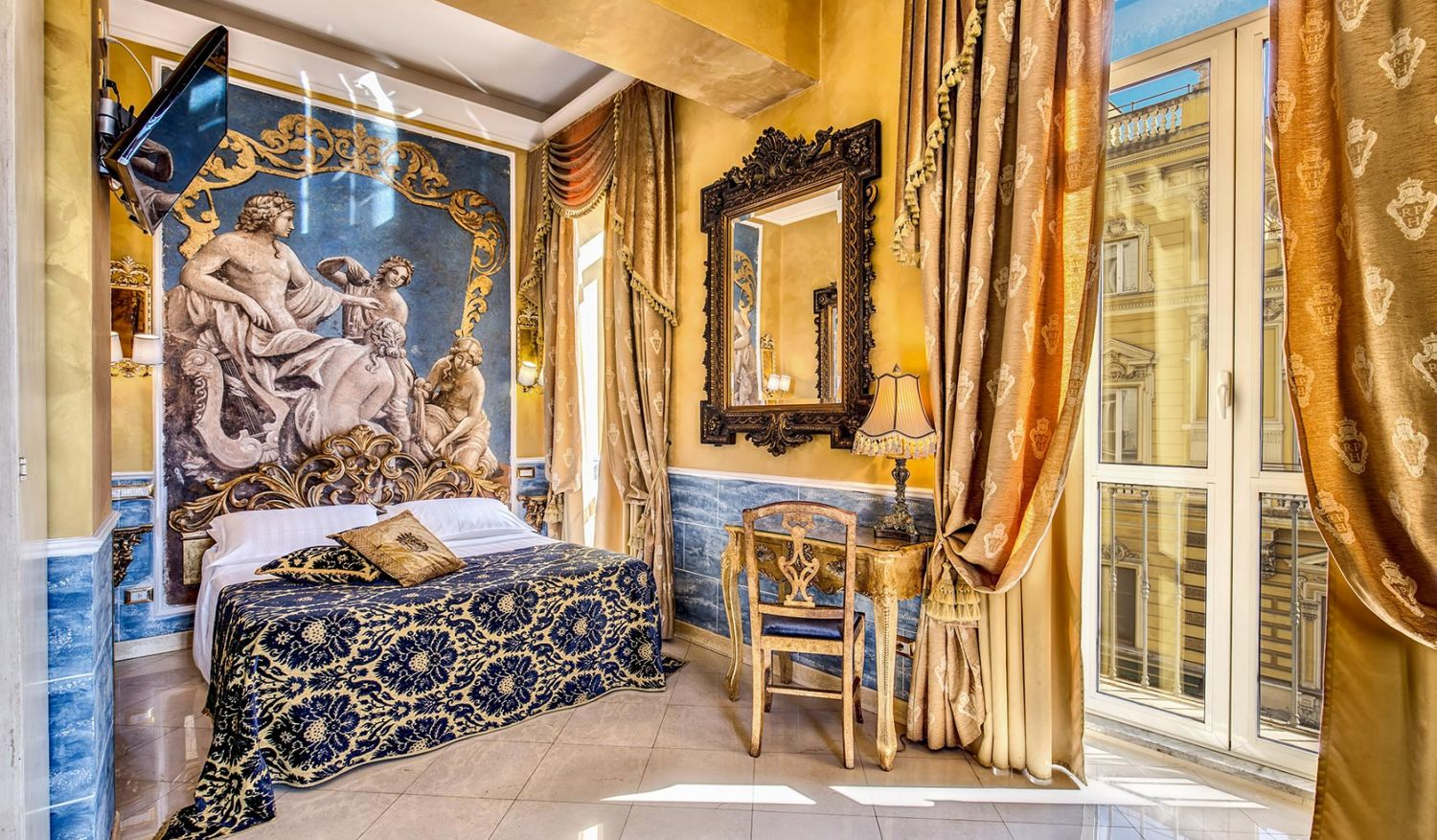 Elegant suites in the center of Rome