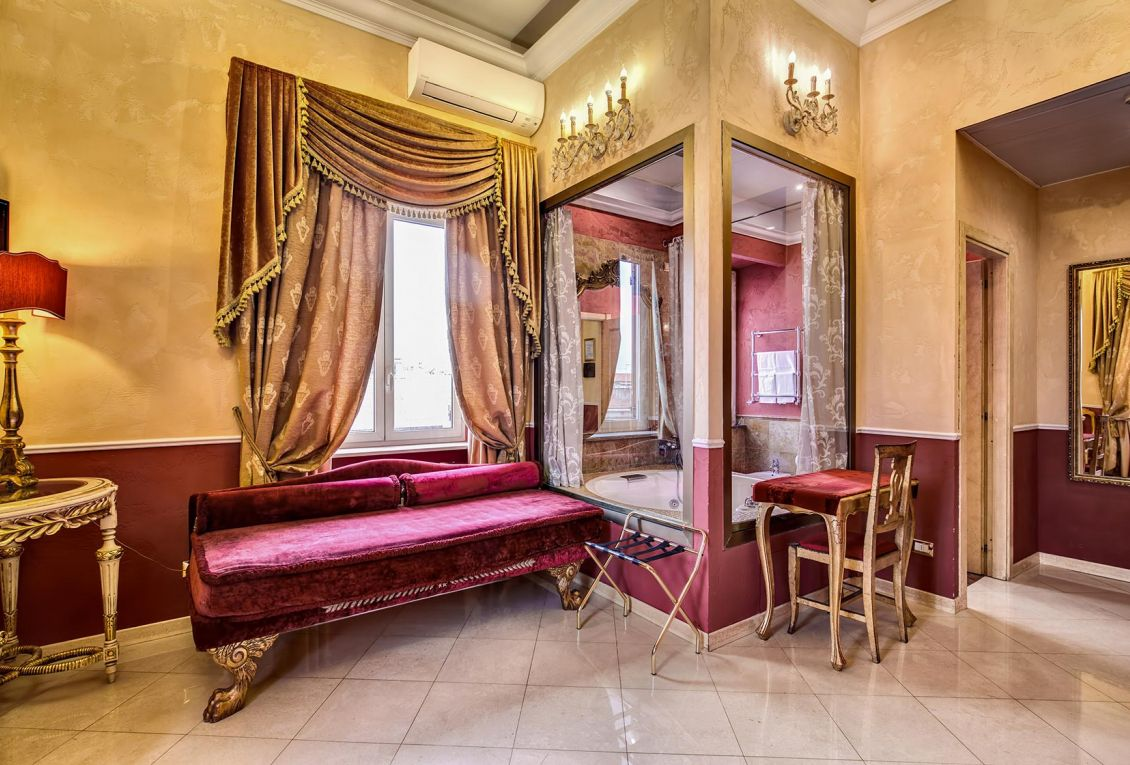 Luxury rooms for sleeping near the center of Rome